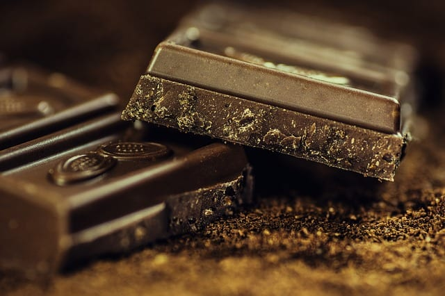can chocolate cause acne
